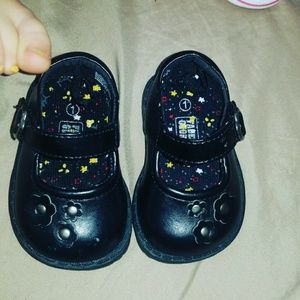Other - 🐝bundle of toddler shoes